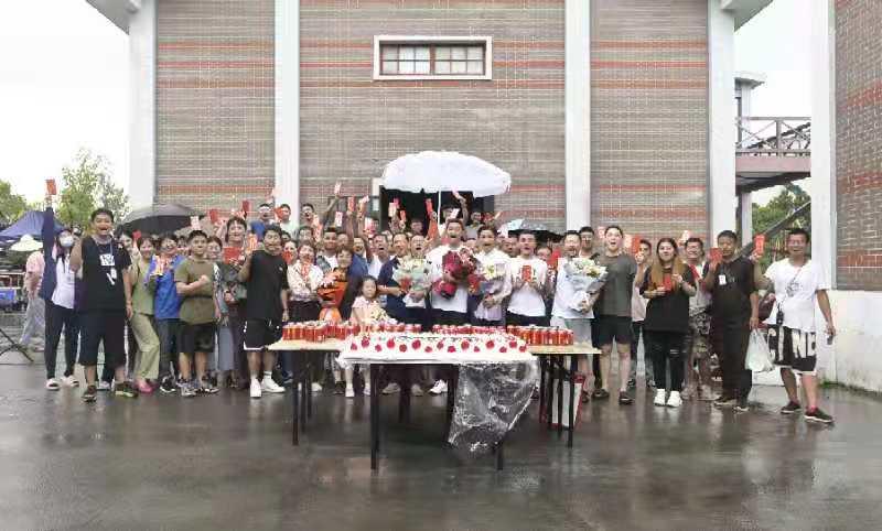 致敬现代版花木兰,中国第一位女党员!红色电影《为你而来》顺利杀青!