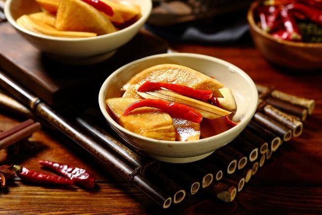 鱼夫鱼仔鹅卵石鱼火锅,将鱼吃出仪式感